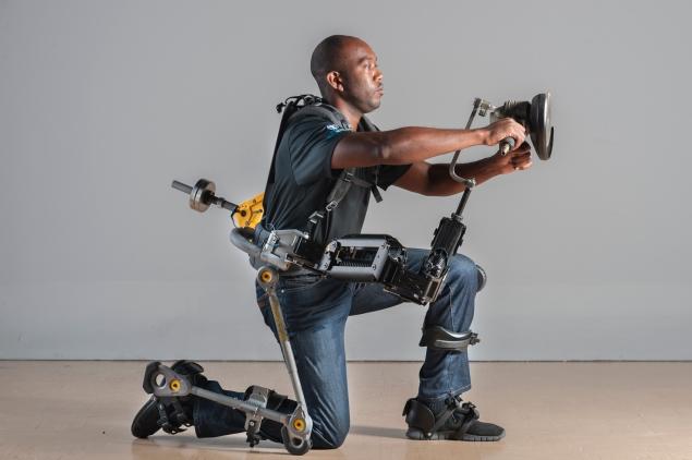 Image curtosy of FORTIS Exoskeleton. www.lockheedmartin.com